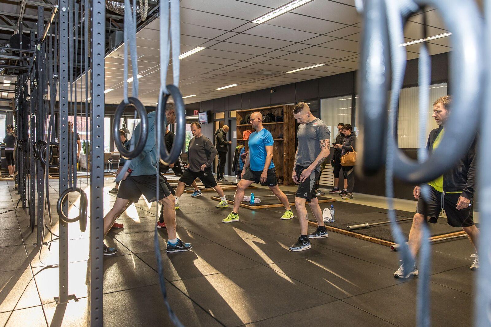crossfit gooi hilversum no excuses begeleiding fitness goedkoop resultaat sporten groepen